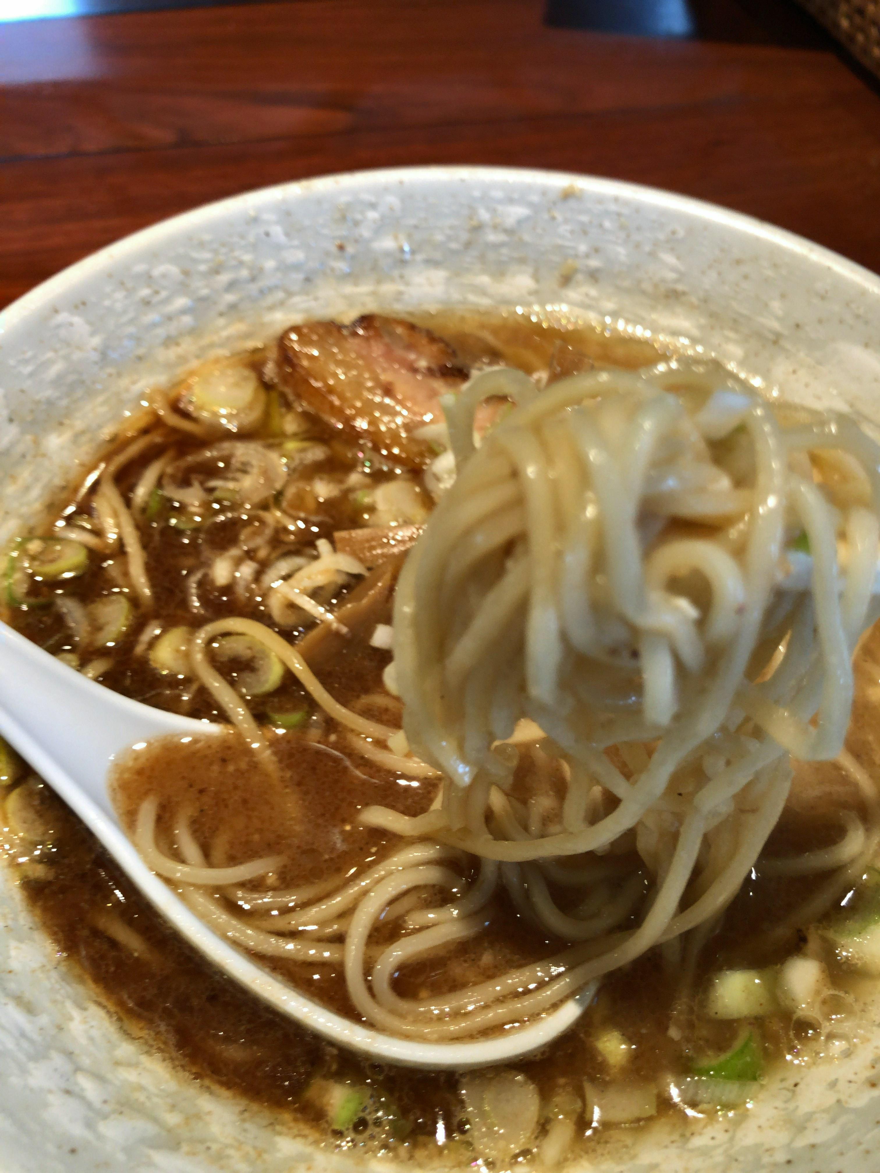 鹿沼消防署向かい麺匠仁坊、鶏ベースのこってり系ラーメンは中毒性バツグンの濃厚鶏白湯スープ