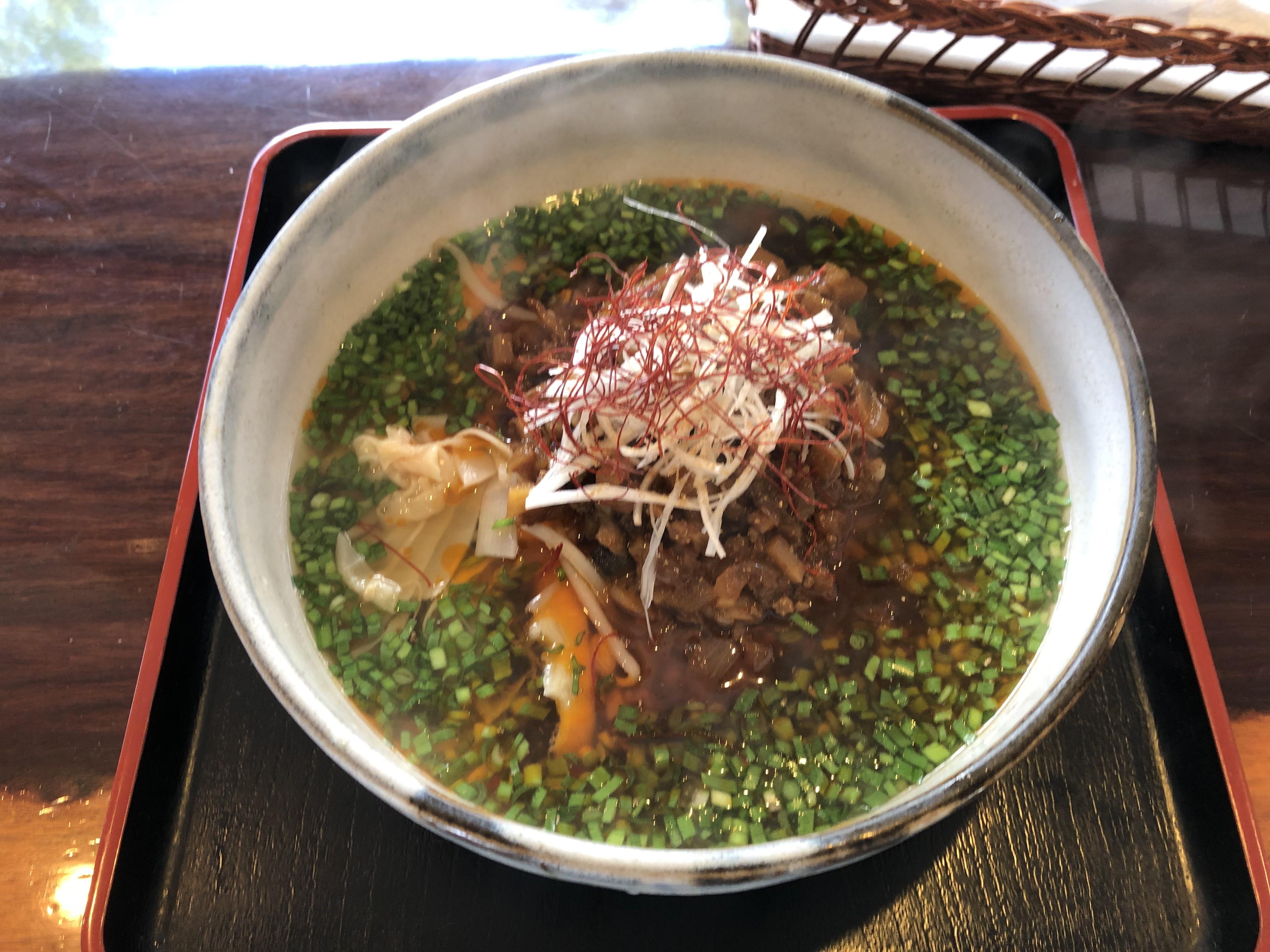 鹿沼市千渡にある隠れた名店「麺'sたぐち」に初訪問、山椒とラー油が食欲をそそるやみつきラーメン