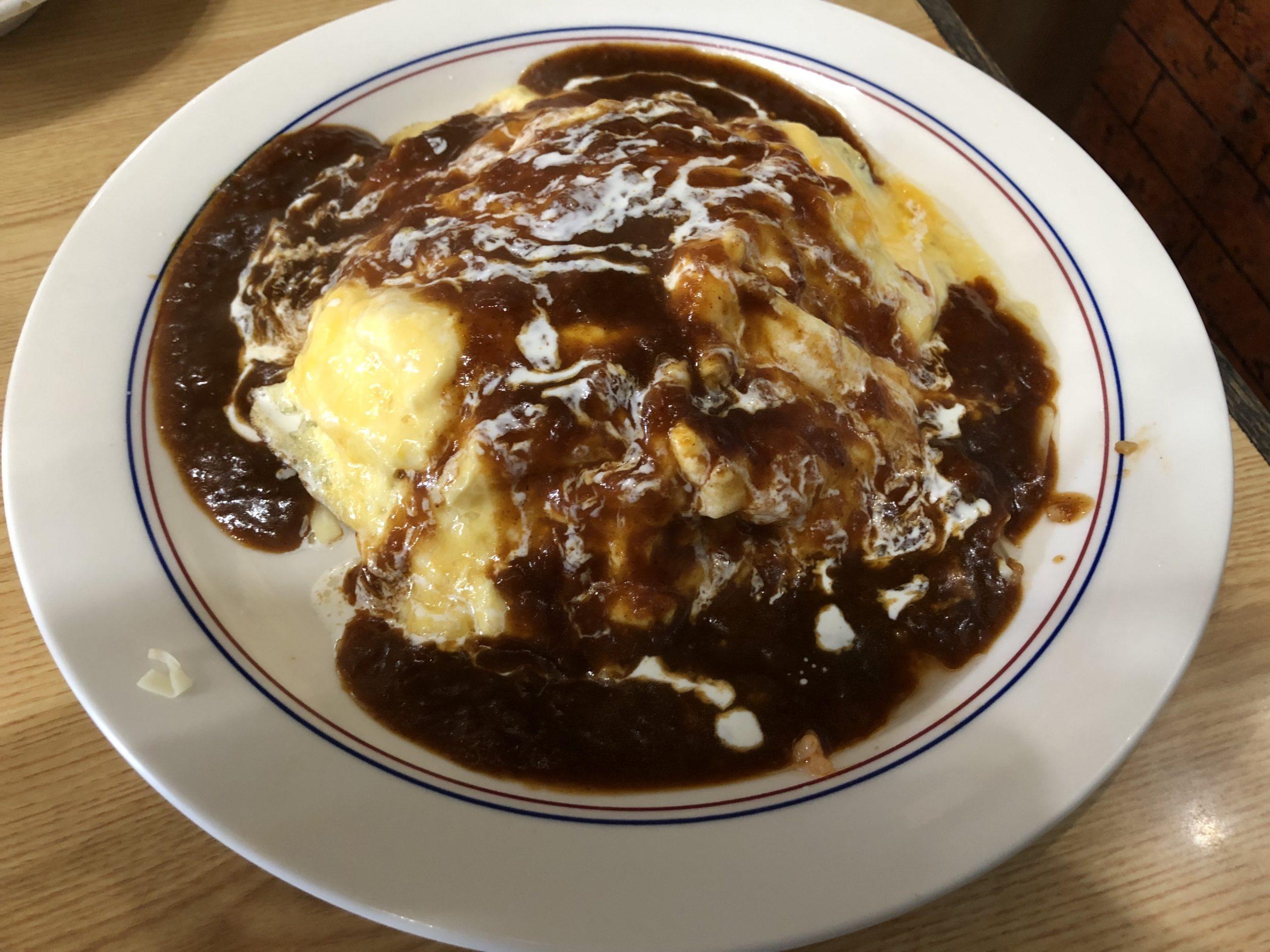 JR宇都宮駅東口近くで見つけた洋食屋さん「紙風船」に初訪問、ほんのりビターなデミグラスソースにチーズたっぷりな「いさおちゃんのオムライス」