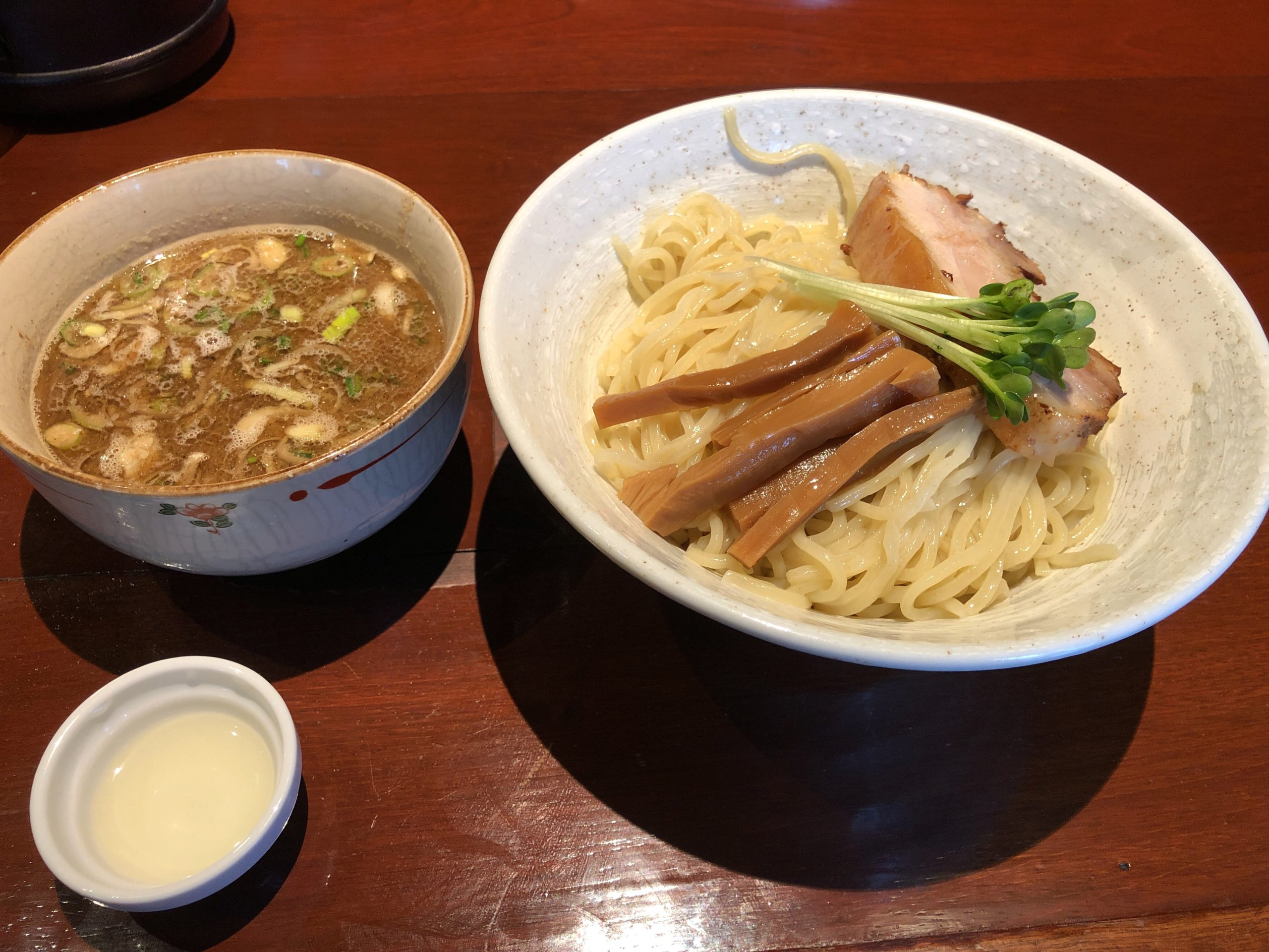 鹿沼の有名ラーメン店「匠仁坊」に再訪問、未挑戦だったつけ麺に初体験